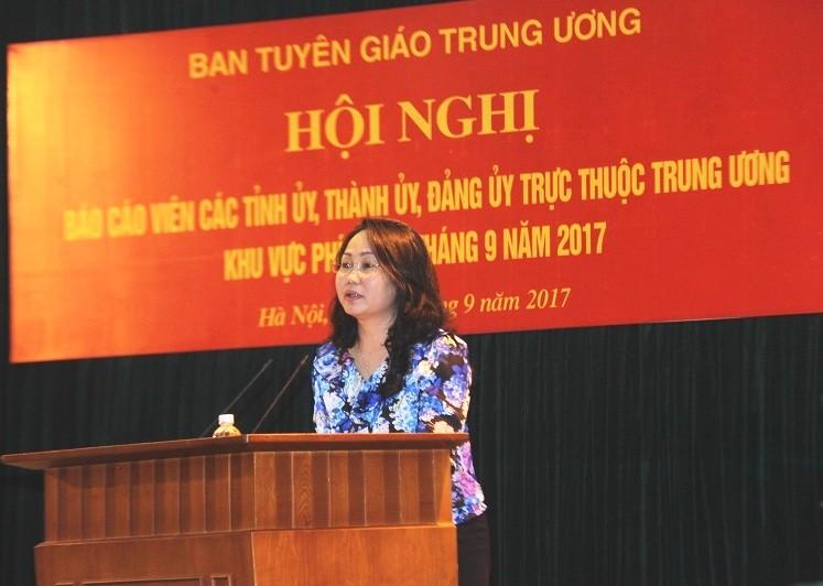 Đồng chí Lâm Phương Thanh phát biểu kết luận Hội nghị