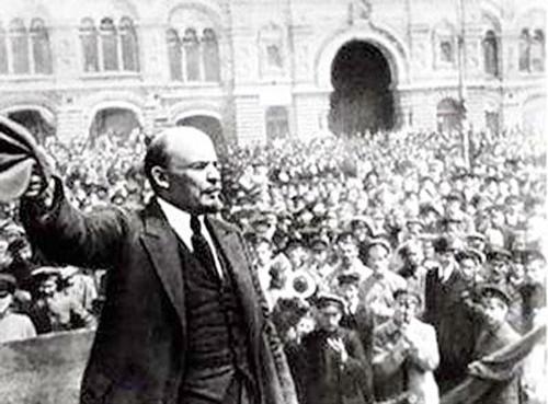 V.I.Lênin với Cách mạng Tháng Mười Nga vĩ đại - Nguồn: sggp.org.vn