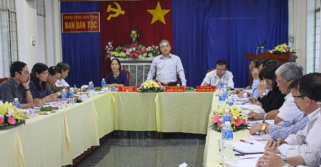 Đồng chí Nguyễn Văn Hùng phát biểu tại buổi làm việc