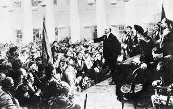 Cách mạng Tháng Mười Nga vẫn đang và mãi là sự cổ vũ nhân loại tiến lên chủ nghĩa xã hội. Ảnh tư liệu/qdnd.vn