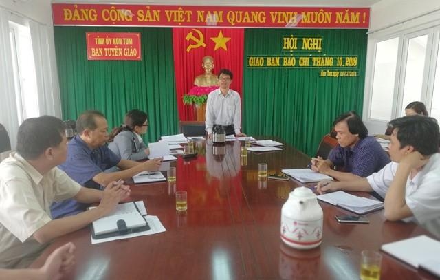 Quang cảnh Hội nghị giao ban báo chí tháng 10-2018