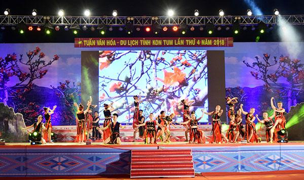 Quang cảnh Lễ khai mạc Tuần VH-DL tỉnh Kon Tum 2018