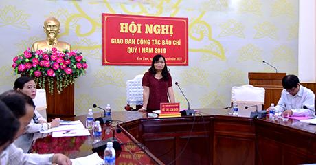 Đồng chí Lê Thị Kim Đơn phát biểu chỉ đạo tại hội nghị