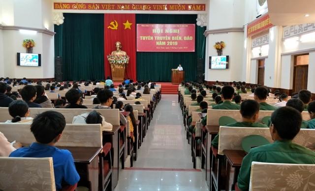 Quang cảnh Hội nghị tuyên truyền biển, đảo năm 2019 tổ chức tại thành phố Kon Tum