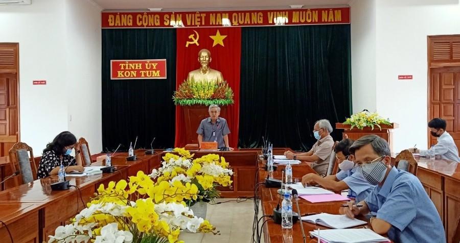 Đồng chí Bí thư Tỉnh ủy Nguyễn Văn Hùng phát biểu chỉ đạo Hội nghị. Ảnh: Thái Văn Tưởng