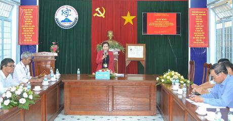 Đồng chí Trần Thị Tuyết thông tin việc mở rộng vùng chỉ dẫn địa lý sâm Ngọc Linh