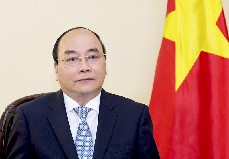 Ủy viên Bộ Chính trị, Thủ tướng Chính phủ Nguyễn Xuân Phúc.