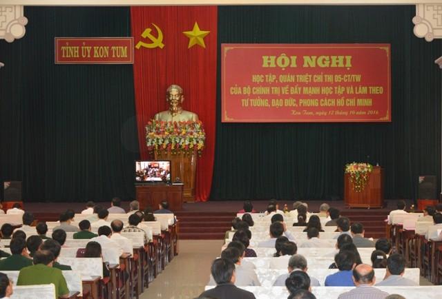 Hội nghị học tập, quán triệt Chỉ thị 05-CT/TW của Bộ Chính trị tại điểm cầu Hội trường Ngọk Linh, tỉnh Kon Tum